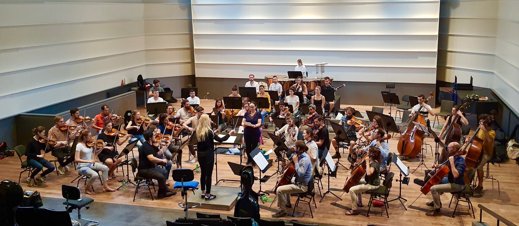 DEBUT Swiss Orchestra